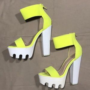 WILD DIVA LOUNGE Neon Yellow Heels
